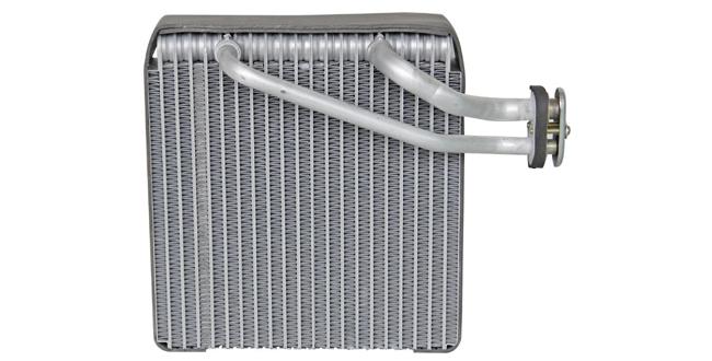 Venta de condensador de aire acondicionado automotriz
